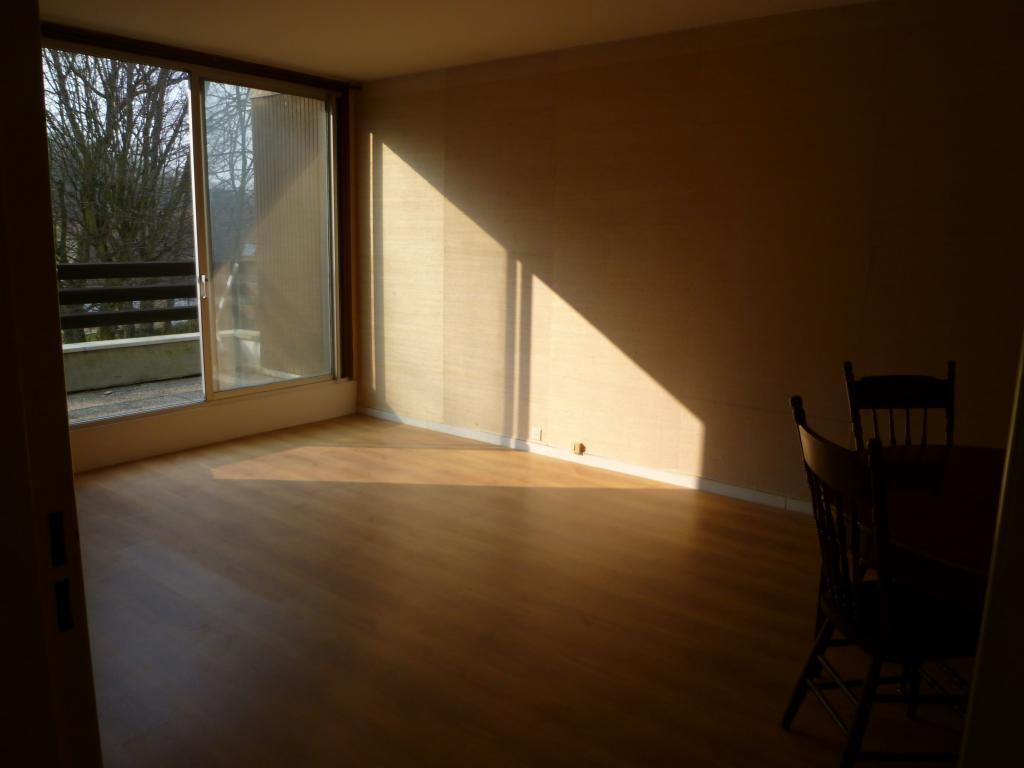 Location Appartement Mery Sur Oise